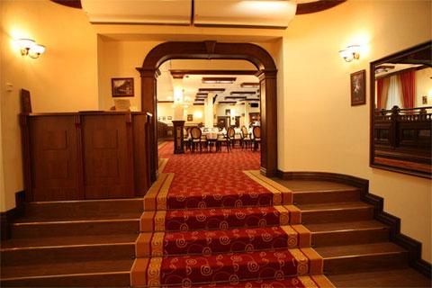 Международные стандарты в бизнес-отеле «Татарстан» и ресторане «Круглый стол»