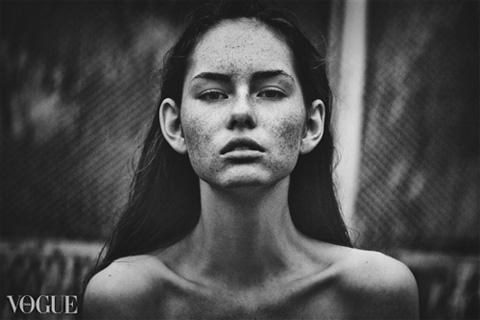 Снимки фотографа из Набережных Челнов размещены в итальянском Vogue
