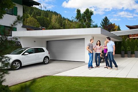 Какие гаражные ворота предлагает «АЛЮТЕХ»